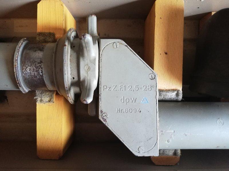 Lunette de bunker 201011043551813431