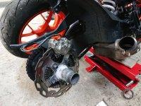Graissage axe de roue arrière ? Mini_201020050058834856