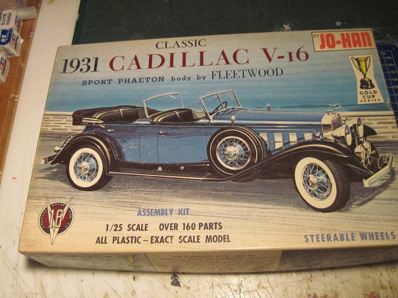 CADILLAC V16 1930  201031060137825400