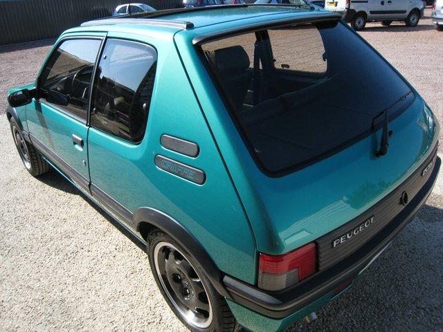 [71] 205 GTi Griffe - 122cv - AM91 - Vert Fluorite - N°985/1652 201107072024203676
