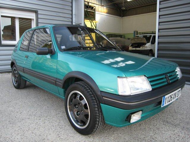 [71] 205 GTi Griffe - 122cv - AM91 - Vert Fluorite - N°985/1652 201107072033210967