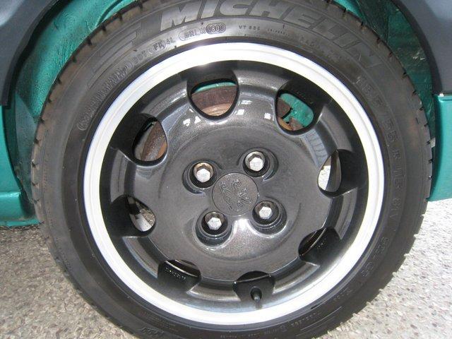 [71] 205 GTi Griffe - 122cv - AM91 - Vert Fluorite - N°985/1652 201107072034585128