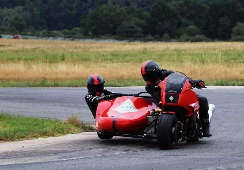 Yamaha WRZ 250 ... - Page 6 201115033706865236