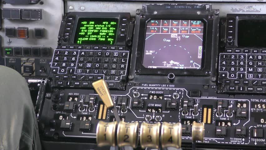 kc 135 fuel panel
