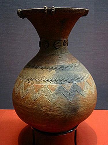 Jarre en céramique des natifs encolanaltèques, 400 ans d'âge