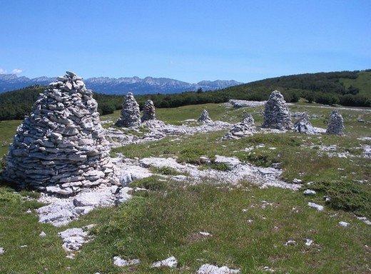 Image 020 - lidof - Le grand cairn  Vercors Sud (26)  2