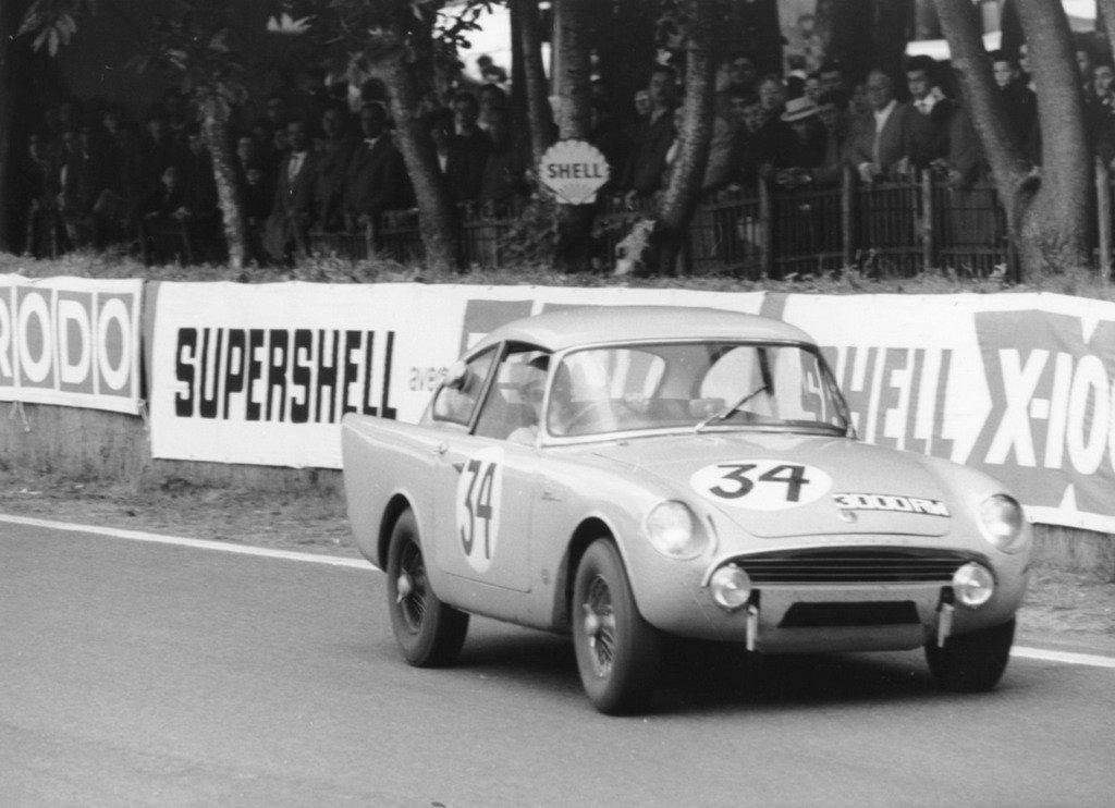 Sunbeam Alpine Harrington von Peter Harper in Le Mans 1961(2)