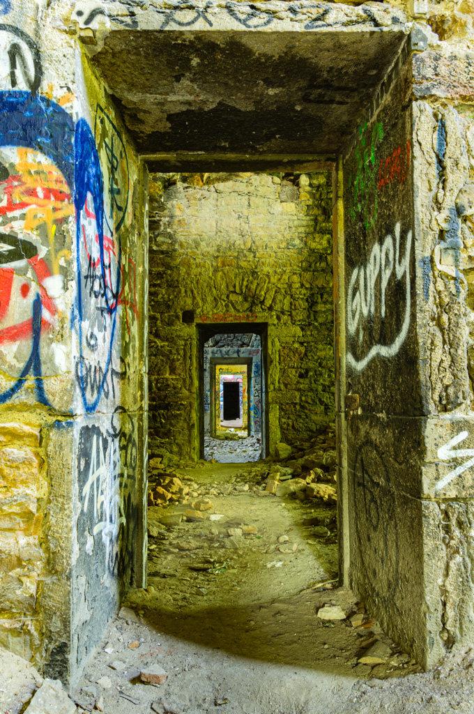 Architecture / Rues / Ambiance de ville / Paysages urbains - Page 23 201201084346247938