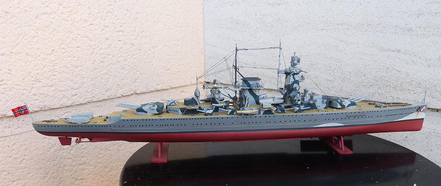 Croiseur lourd ADMIRAL GRAF SPEE Rio de La Plata 1939... Réf 81046 - Page 2 201201114654124653