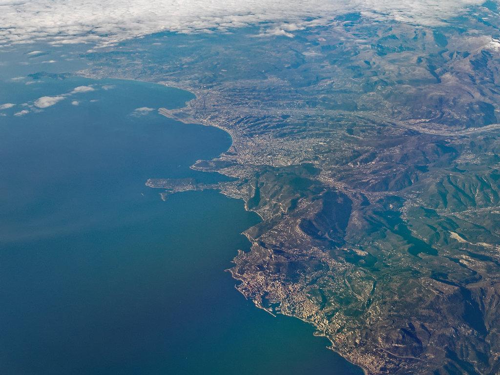 Monaco... 201203122712304486