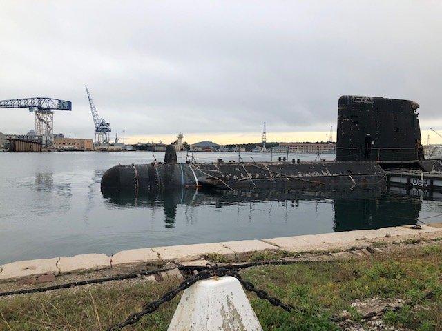 [Autre sujet Marine Nationale] Démantèlement, déconstruction des navires - TOME 2 - Page 10 201205041557249589