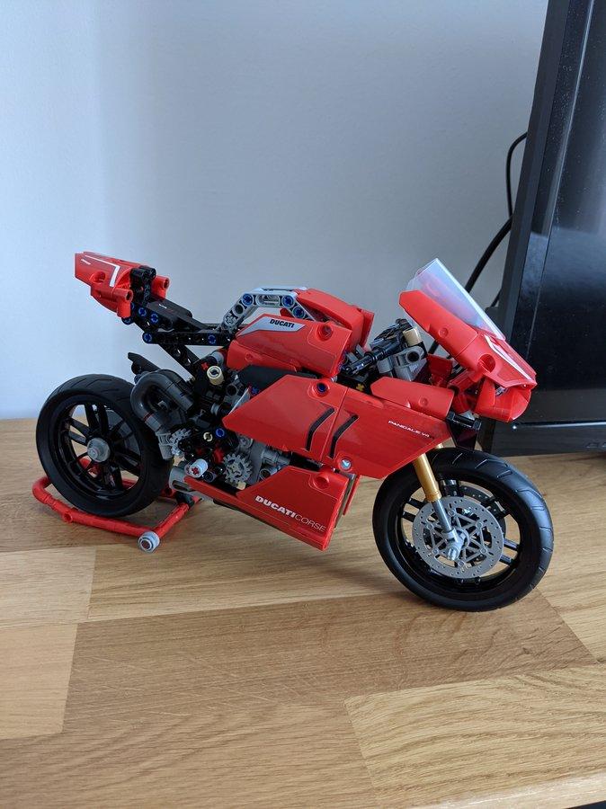 LEGO : Ze topik =) - Page 6 201206054549213152