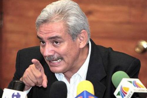 ministre de l'intérieur Alonzo Villaponte