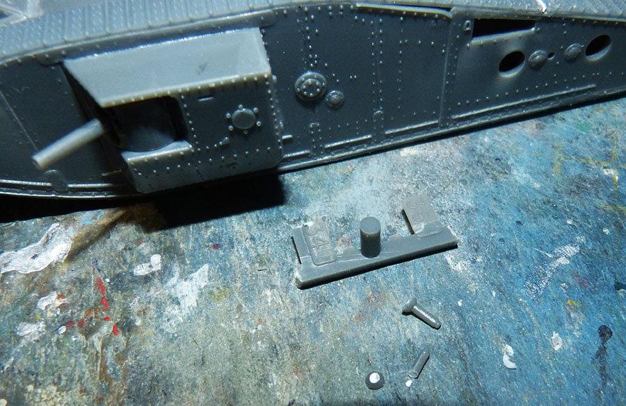 """From the box - Char Mk IV """"Tadpole"""" - Emhar - 1/72 *** Terminé en pg 2 201213072717312394"""