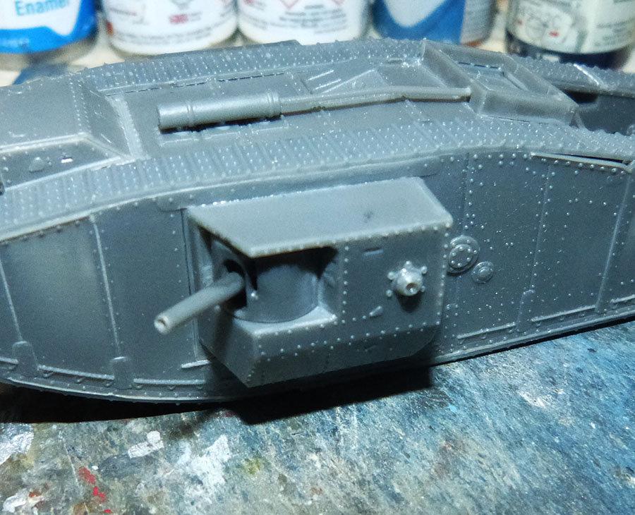 """From the box - Char Mk IV """"Tadpole"""" - Emhar - 1/72 *** Terminé en pg 2 201213072717574724"""