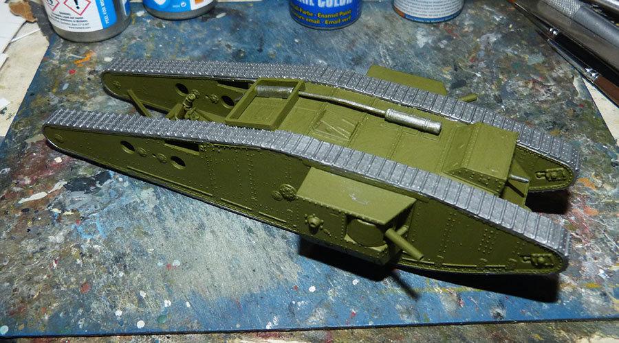 """From the box - Char Mk IV """"Tadpole"""" - Emhar - 1/72 *** Terminé en pg 2 201213072718345673"""