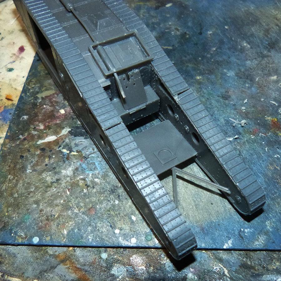 """From the box - Char Mk IV """"Tadpole"""" - Emhar - 1/72 *** Terminé en pg 2 201213073229618215"""
