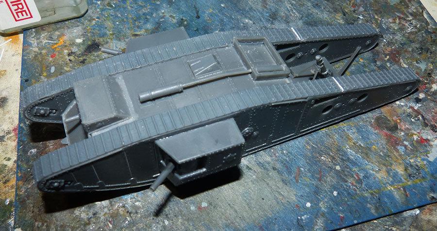 """From the box - Char Mk IV """"Tadpole"""" - Emhar - 1/72 *** Terminé en pg 2 20121307403044211"""