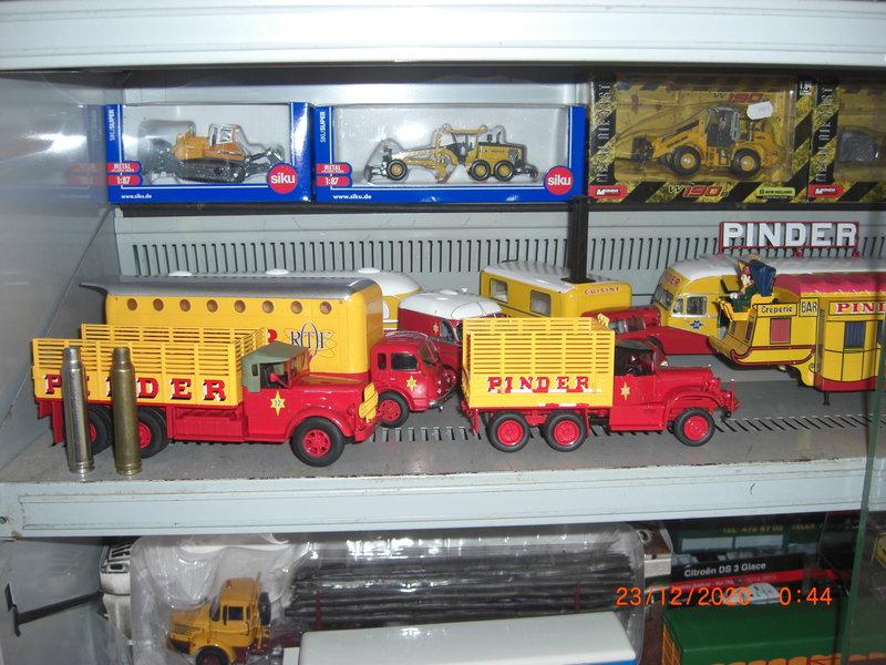 Les miniatures aux 1/43° 201223032330669024