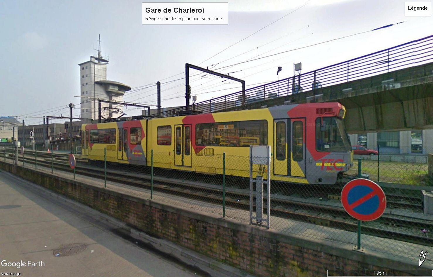 STREET VIEW : les tramways en action - Page 5 201227123012190036