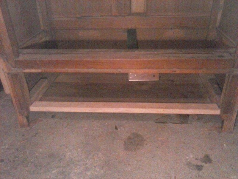 Recyclage vieille armoire à glace 201228064617117030