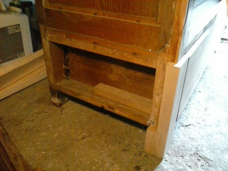 Recyclage vieille armoire à glace 21010405424359204