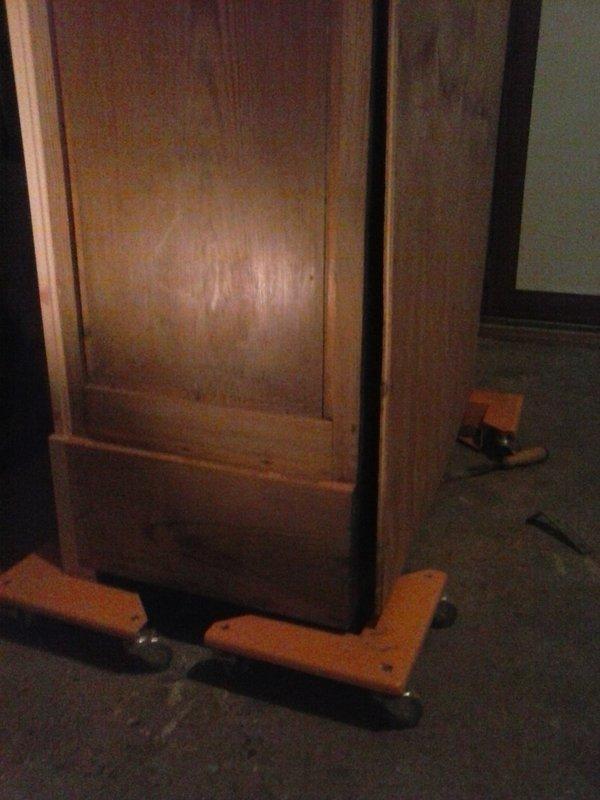 Recyclage vieille armoire à glace 210108121637473343