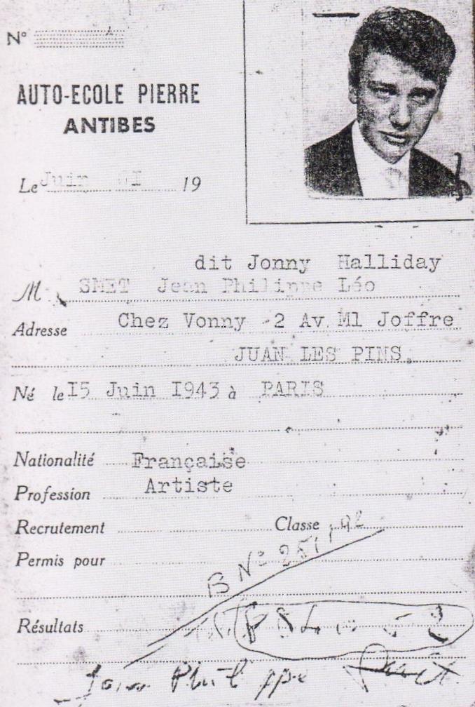 Voitures diverses utilisées par Johnny Hallyday  - Page 2 210116071229231147