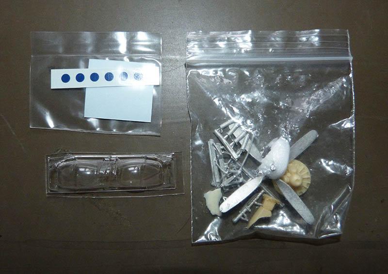 "[High Planes Models] Corsair F4U7 de ""La Royale""- Terminé. 210120115427529449"