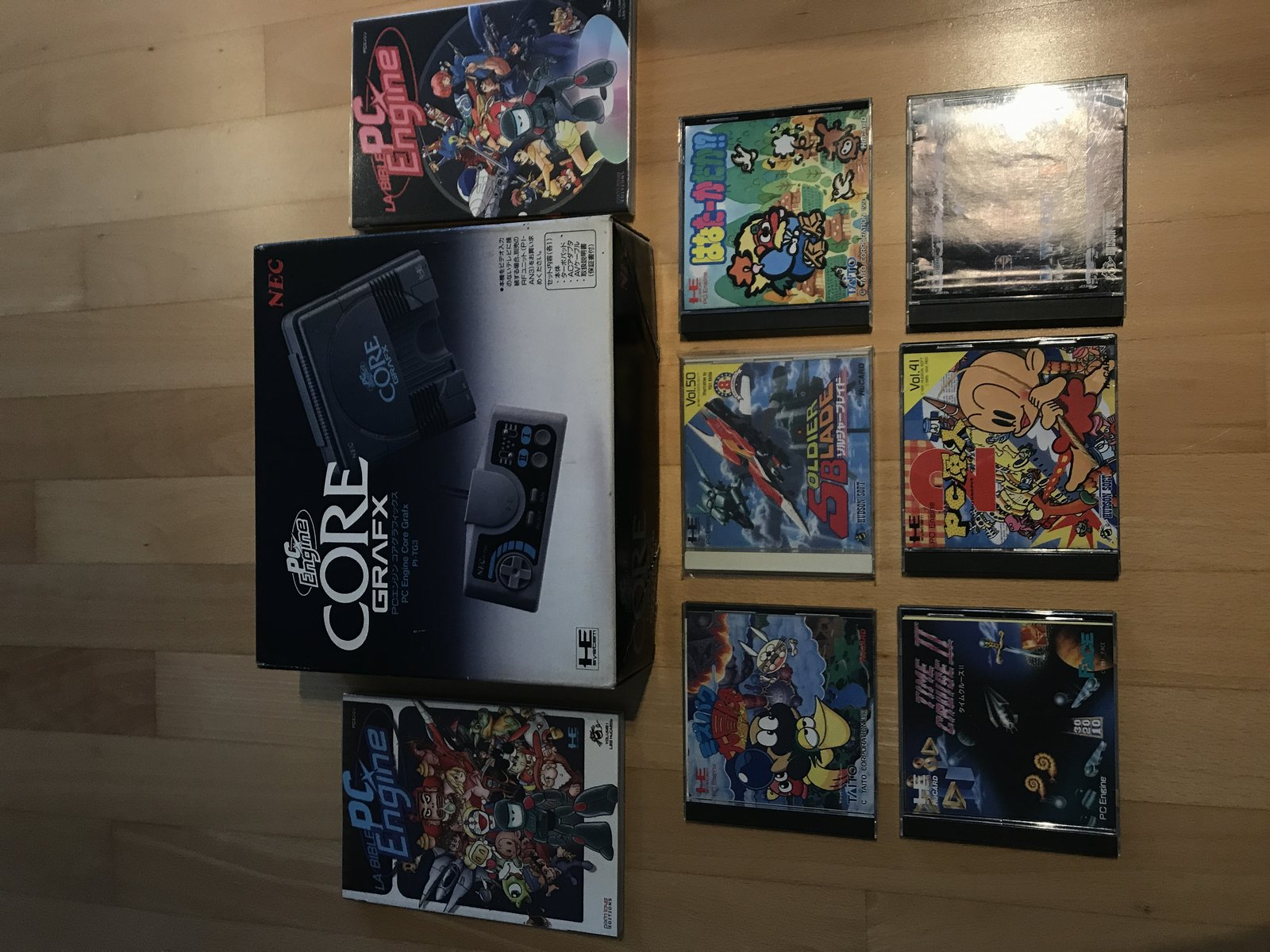 (VENDU) COREGRAFX + 6 jeux cultes + les 2 bibles PC ENGINE TBE  210121070556847186