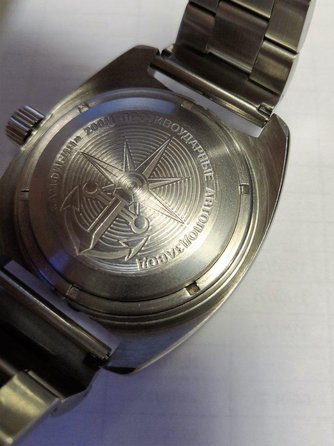 Vos montres russes customisées/modifiées - Page 13 210128112014725868