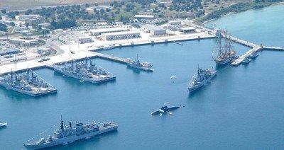 Le port militaire de Santa Leone sur la pointe de Bonne Fortune est toujours en service après de nombreux siècles d'existence