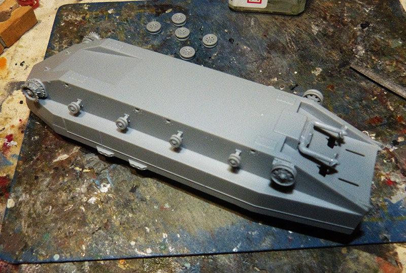 From the box - Char amphibie torpilleur japonais type 4 Ka-Tsu - Riich models - 1/72 *** Terminé en pg 2 210131114540623088