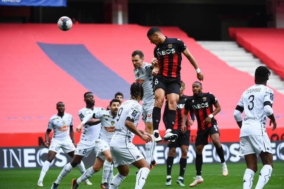 Nice 3 - 0 Angers