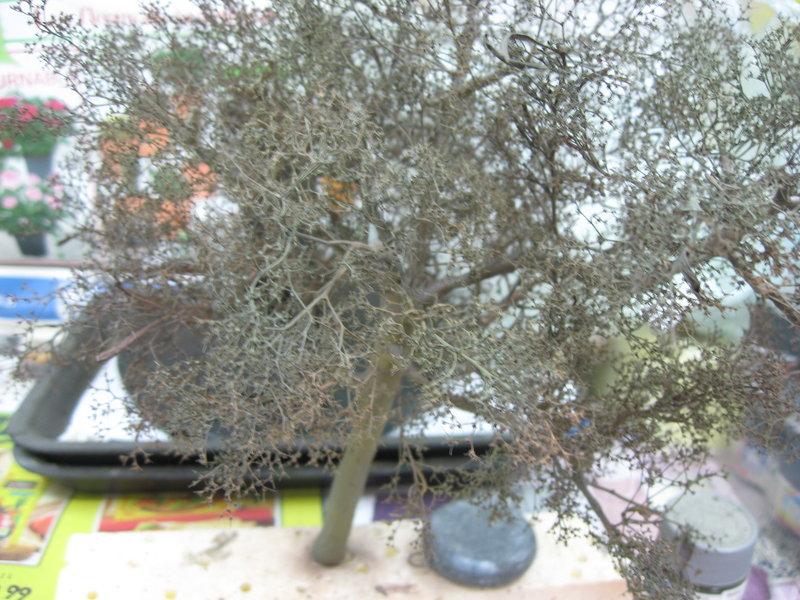 fabriquer des arbres pour dioramas au 1/35 au 1/48 ou au 1/72 (fin du montage) - Page 2 210219011207825863