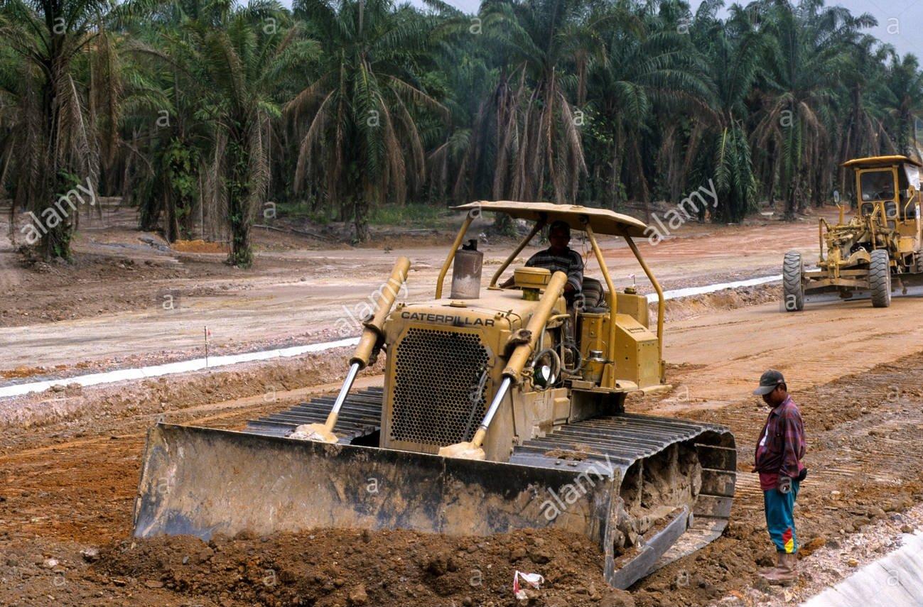Construction de la route de Mouamoua