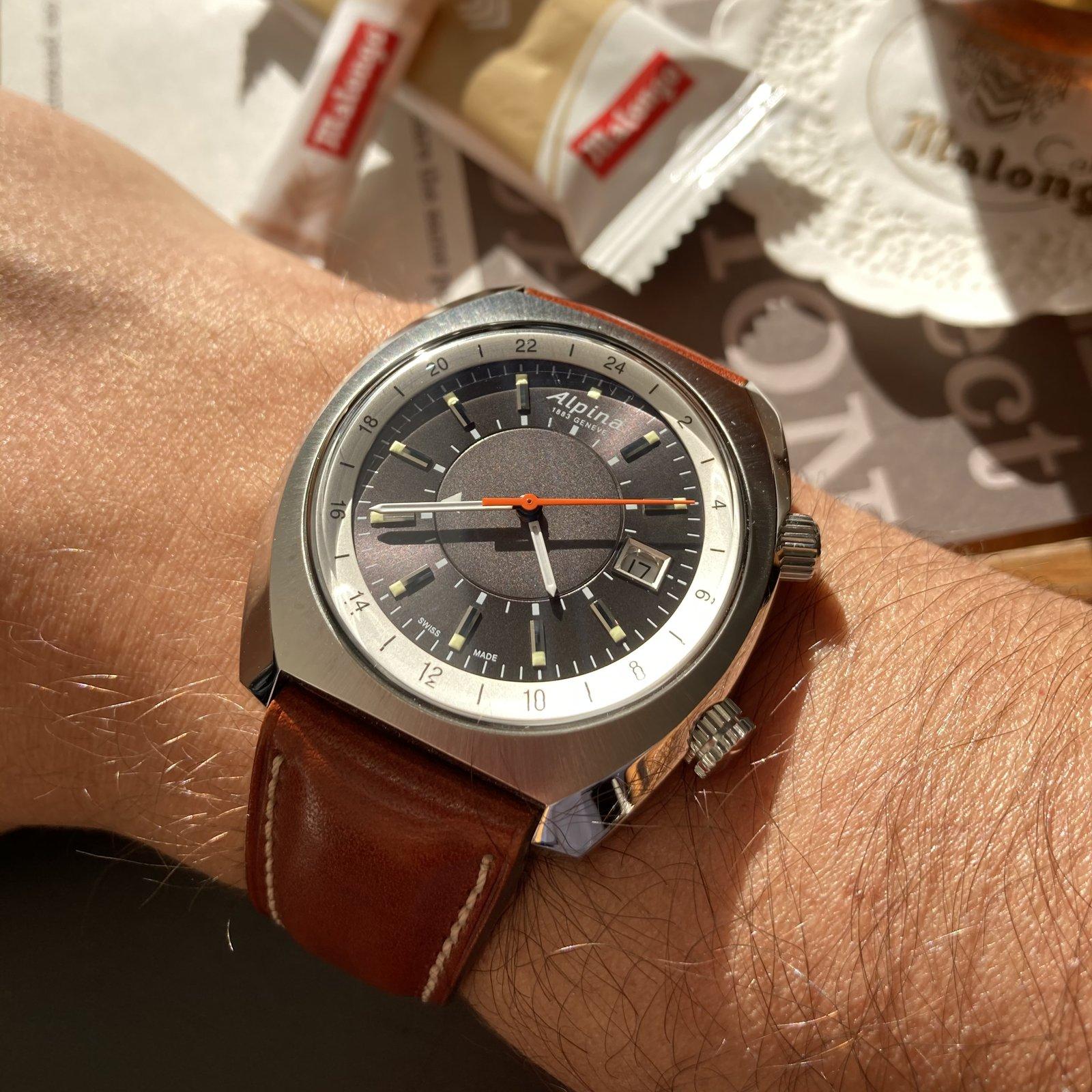 Alpina - Une nouveauté inattendue chez Alpina: Startimer Pilot Heritage GMT 210220114107245580