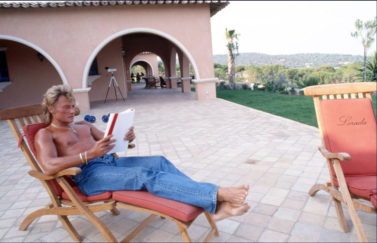 PROPRIETE OU A RESIDE JOHNNY HALLYDAY ( 2/10 ) 'LA LORADA' ( 1990-2000 ) 210224025328903474