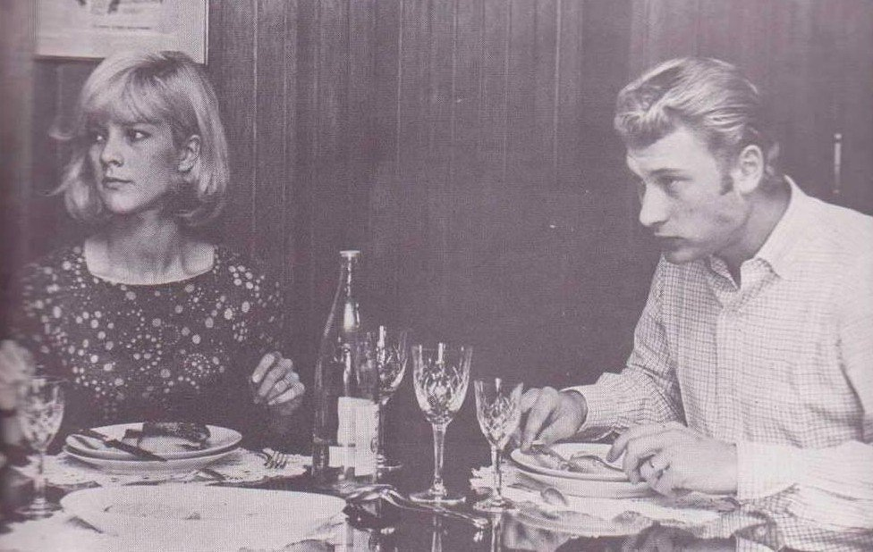 PROPRIETE OU A RESIDE JOHNNY HALLYDAY ( 3/10 ) 'NEUILLY SUR SEINE' ( 1965 ) 210227021220568032