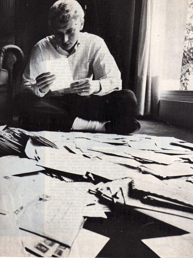 PROPRIETE OU A RESIDE JOHNNY HALLYDAY ( 3/10 ) 'NEUILLY SUR SEINE' ( 1965 ) 210301102437688575