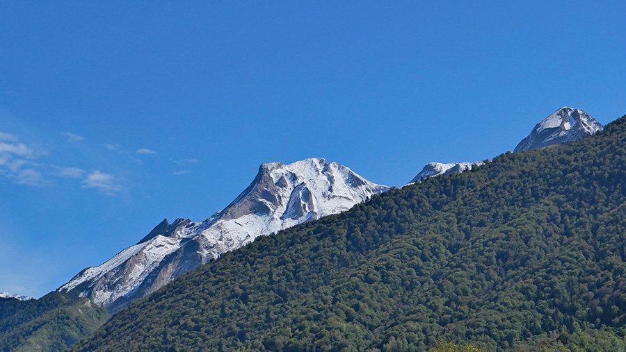 Premières neiges en vallée d'Ossau 210304080609269881