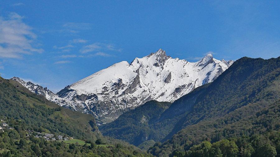 Premières neiges en vallée d'Ossau 210304080611936071