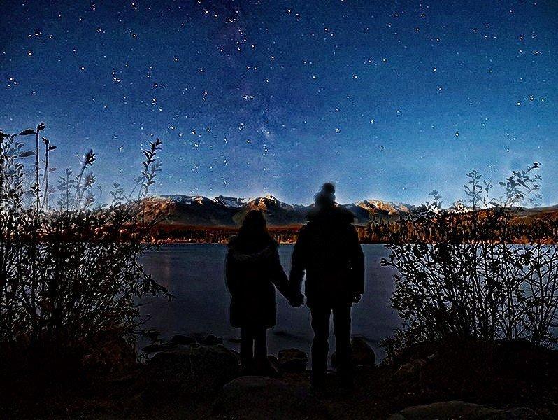 Besoin d'aide pour retoucher cette photo de nuit : workflow ? 21030604102939328