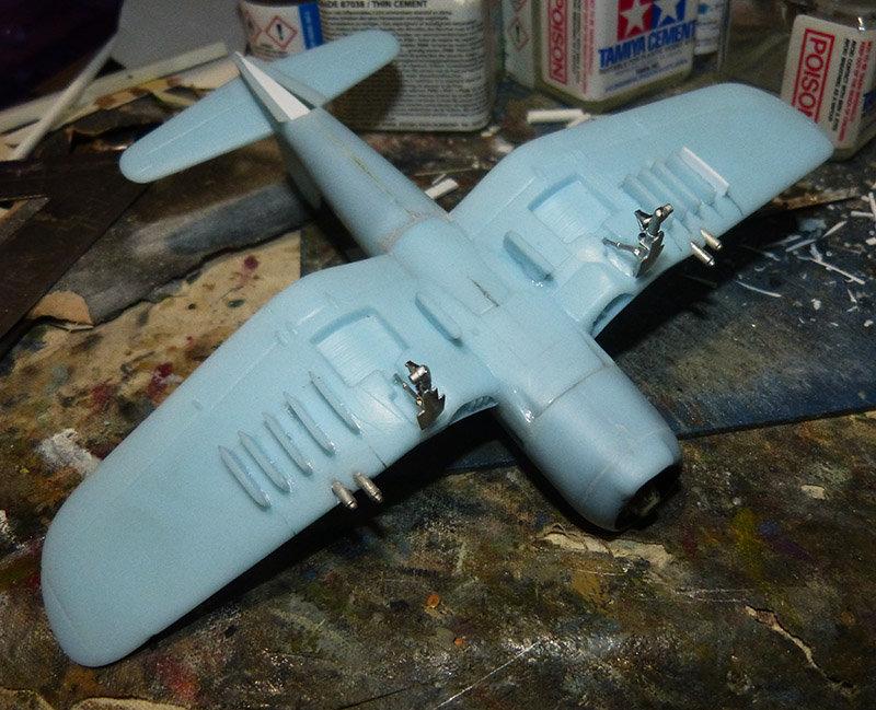"[High Planes Models] Corsair F4U7 de ""La Royale""- Terminé. 21032601291114911"
