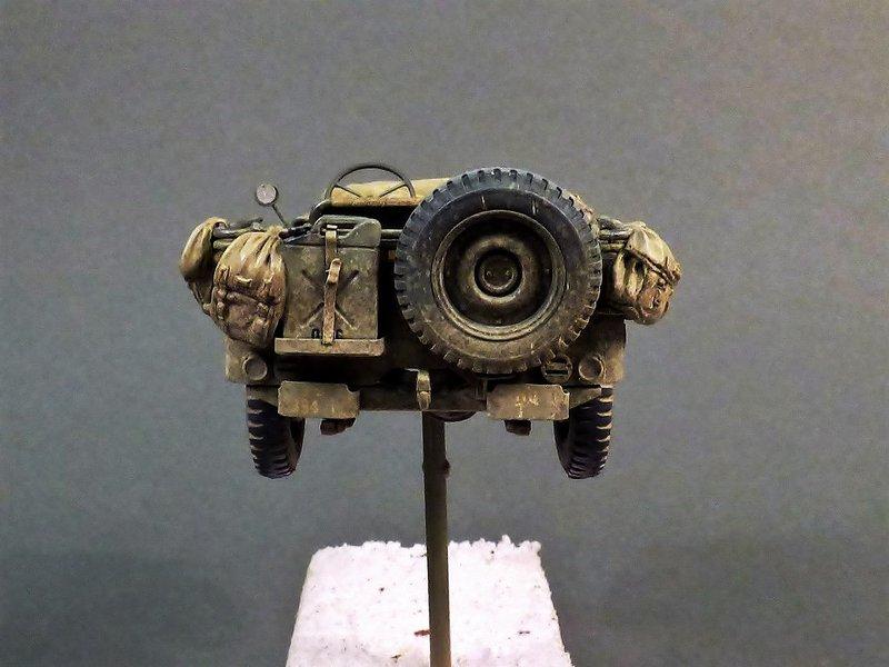 M8 Greyhound Tamiya 1/35 + photodécoupe ABER et Royal Model - Page 14 210406085253572503