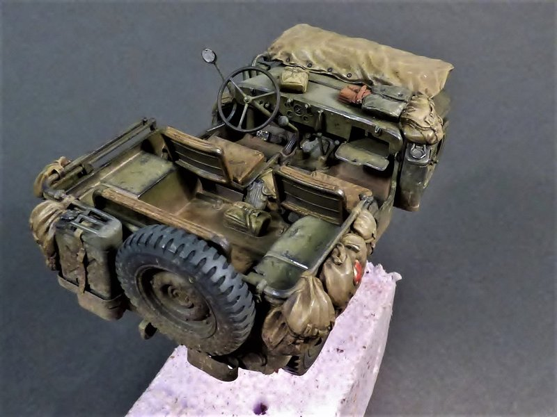 M8 Greyhound Tamiya 1/35 + photodécoupe ABER et Royal Model - Page 14 210406085259641104