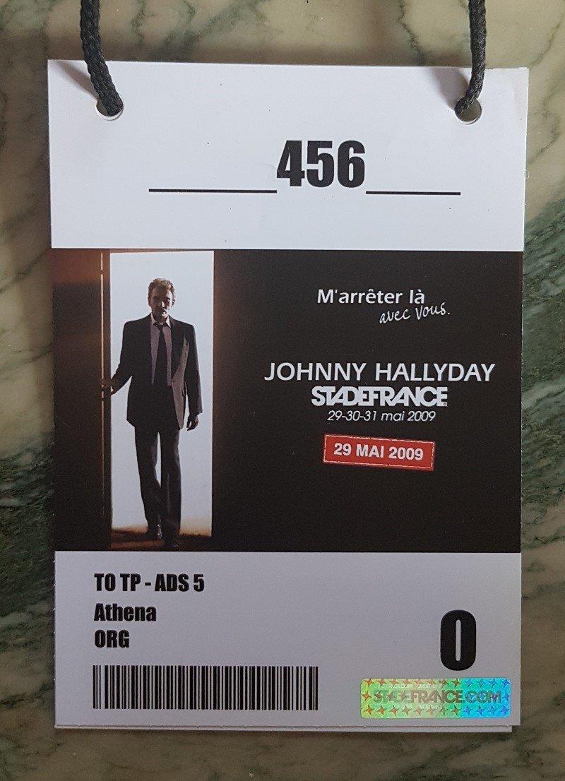 LES CONCERTS DE JOHNNY 'STADE DE FRANCE 2009' - Page 2 210507083735401340