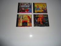 [ESTIM] Collection CDI avec CDI 470 neuf en boîte, les deux Zelda FR, le pistolet sous blister, environ 70 jeux... Mini_210511025656519082