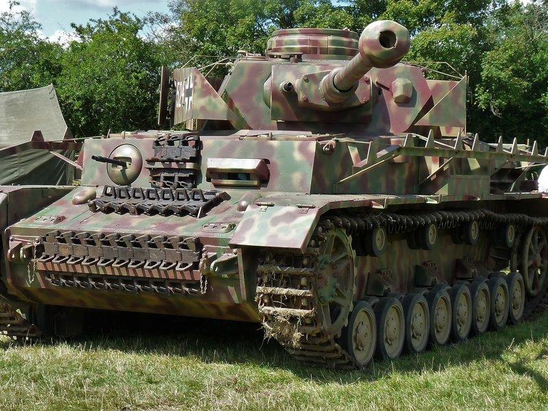 Panzer IV Ausf H + Figurine Mk35[1/35 RFM] - Page 3 210515080535372363