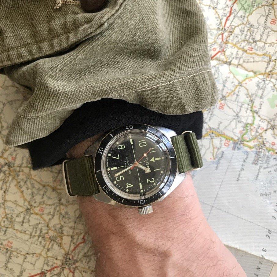 Une Vostok Amphibian vintage vraiment étanche, ça existe ? 210523014750127742
